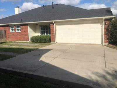 1308 BUCKINGHAM DR, Forney, TX 75126 - Photo 2