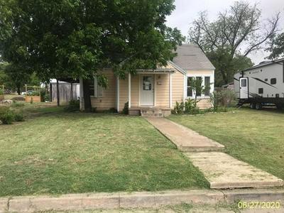 406 TIPTON ST, Menard, TX 76859 - Photo 1