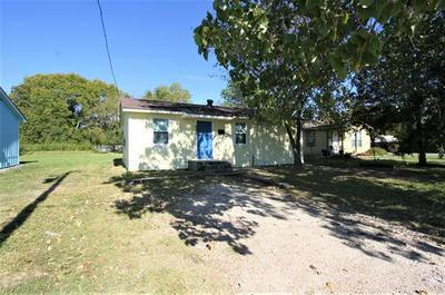 807 N BLANCHE ST, Terrell, TX 75160 - Photo 2