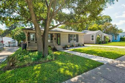 3709 COLLINWOOD AVE, Fort Worth, TX 76107 - Photo 2