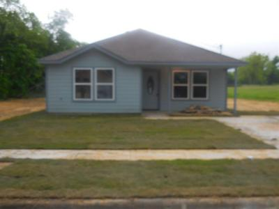3123 SILVER ST, Greenville, TX 75401 - Photo 1