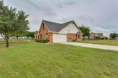 107 HIGH VIEW CT, Decatur, TX 76234 - Photo 2