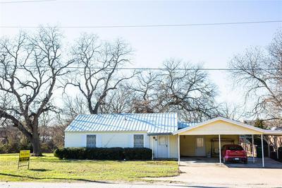 809 S DEMPSTER ST, HAMILTON, TX 76531 - Photo 2