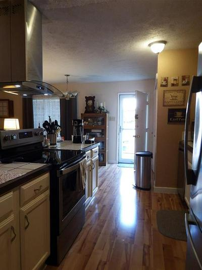6436 SUNRISE DR, North Richland Hills, TX 76182 - Photo 2