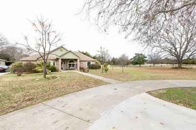 404 E OAKDALE ST, KEENE, TX 76059 - Photo 2