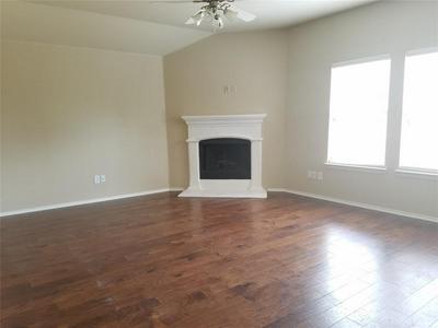 5229 BEACON LN, McKinney, TX 75071 - Photo 2