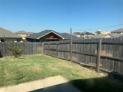 1305 LUCCHESE LN, Dallas, TX 75253 - Photo 2