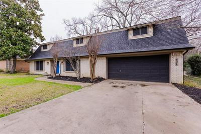 501 WESTCLIFF DR, EULESS, TX 76040 - Photo 2