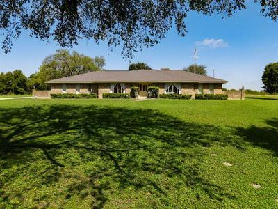 2275 CORSICANA HWY, Hillsboro, TX 76645 - Photo 1