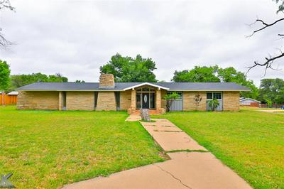 1500 SYCAMORE ST, Breckenridge, TX 76424 - Photo 2