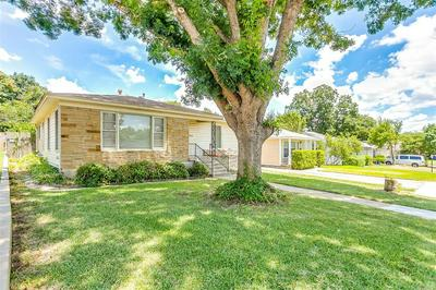 3806 LAFAYETTE AVE, Fort Worth, TX 76107 - Photo 2