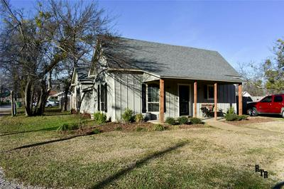 766 N BELKNAP ST, STEPHENVILLE, TX 76401 - Photo 2