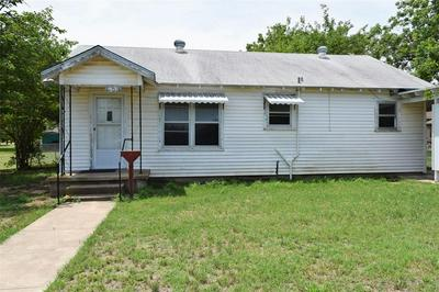 608 E 8TH ST, Coleman, TX 76834 - Photo 1