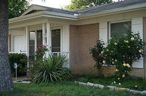 237 OAKWOOD LN, LEWISVILLE, TX 75067 - Photo 2