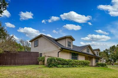 1021 RANDY RD, Cedar Hill, TX 75104 - Photo 2