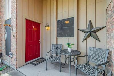 207 S HORNE ST, Duncanville, TX 75116 - Photo 2
