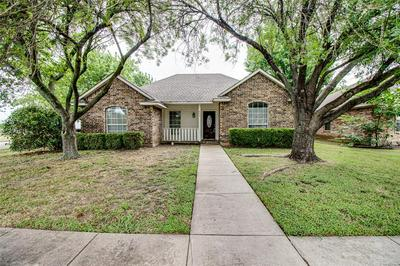 800 OAK DR, Ennis, TX 75119 - Photo 1