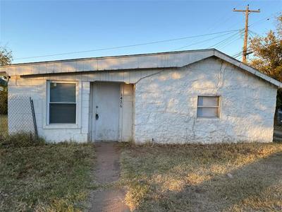 1426 N 12TH ST, Abilene, TX 79601 - Photo 1