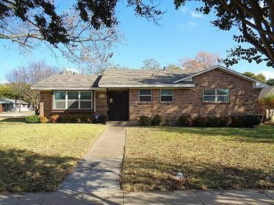 114 TANGLEWOOD DR, Duncanville, TX 75116 - Photo 1