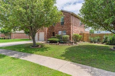121 E FORESTWOOD DR, Forney, TX 75126 - Photo 2