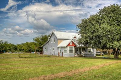 2304 COUNTY ROAD 1076, Celeste, TX 75423 - Photo 2