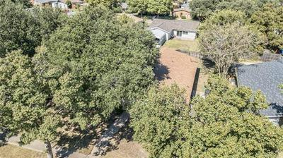 5045 SHANNON DR, The Colony, TX 75056 - Photo 2