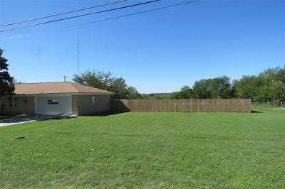 108 S VINE, Meridian, TX 76665 - Photo 2