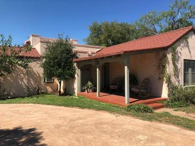 501 N MCKINLEY AVE, ROTAN, TX 79546 - Photo 1