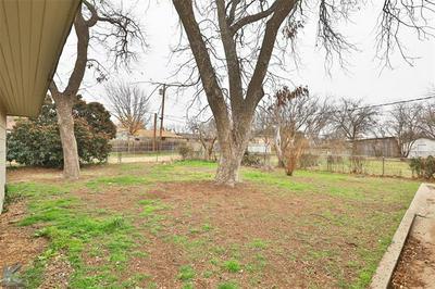 2025 CEDAR CREST DR, Abilene, TX 79601 - Photo 2