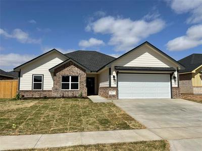 326 SOPHIA LN, Abilene, TX 79602 - Photo 1