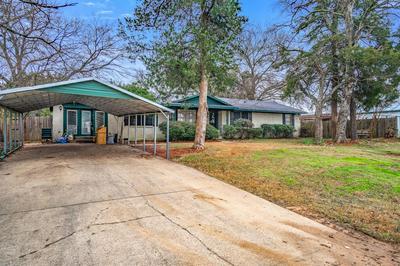 203 S MAIN ST, Edgewood, TX 75117 - Photo 2