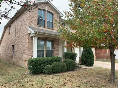 8508 PRAIRIE WIND TRL, Fort Worth, TX 76134 - Photo 2