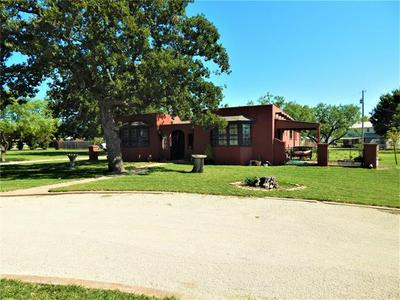 817 TANGLEWOOD DR, Clyde, TX 79510 - Photo 2