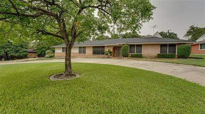 6001 YOLANDA DR, Fort Worth, TX 76112 - Photo 1