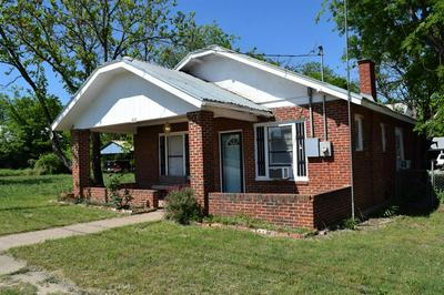 804 S COLORADO ST, COLEMAN, TX 76834 - Photo 2