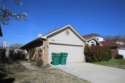 1334 MIMOSA LN, LEWISVILLE, TX 75077 - Photo 2