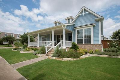 8501 NEWMAN DR, North Richland Hills, TX 76180 - Photo 2