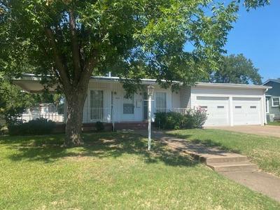 1802 JEANETTE ST, Abilene, TX 79602 - Photo 2