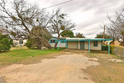 215 AIR BASE RD, Tye, TX 79563 - Photo 2
