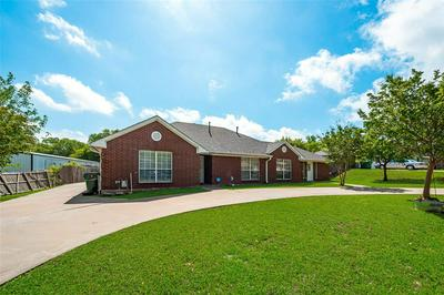 107 KING AVE, Howe, TX 75459 - Photo 2