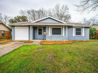 1821 VIRGINIA ST, GRAND PRAIRIE, TX 75051 - Photo 1