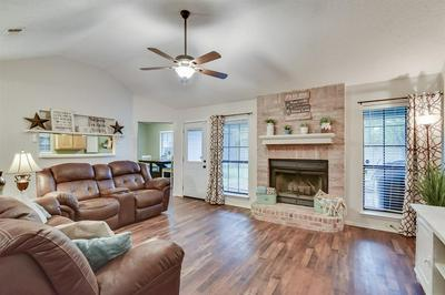 1718 HASTINGS DR, Mansfield, TX 76063 - Photo 2