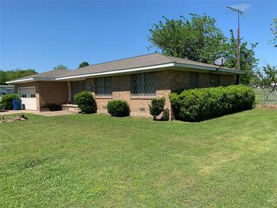 204 N PRESTON ST, WHITNEY, TX 76692 - Photo 1