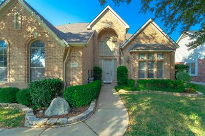 2500 LAKEWOOD DR, Grand Prairie, TX 75054 - Photo 2