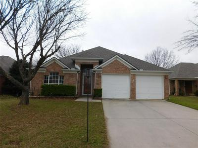 1125 MARSHALL DR, EULESS, TX 76039 - Photo 1