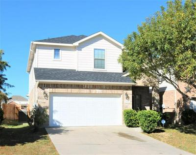 1104 KIELDER CIR, Fort Worth, TX 76134 - Photo 1