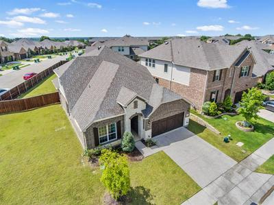 207 MISSION HILLS RD, Lewisville, TX 75067 - Photo 2