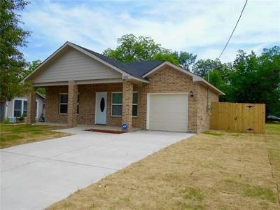 2829 WALNUT ST, Greenville, TX 75401 - Photo 1