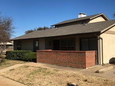 649 TIMBERLINE DR, Hurst, TX 76053 - Photo 1