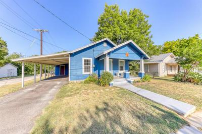416 N BRAZOS ST, Weatherford, TX 76086 - Photo 2